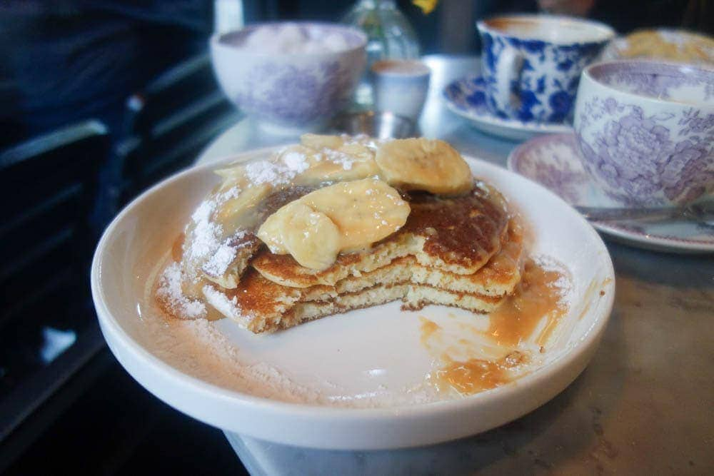 Mayfair is one of the most expensive places to live and eat in London. What if i said you could a delicious brunch of dulche de leche pancakes at NAC mayfair for under £10? Find out how on www.notsobasiclondon.com