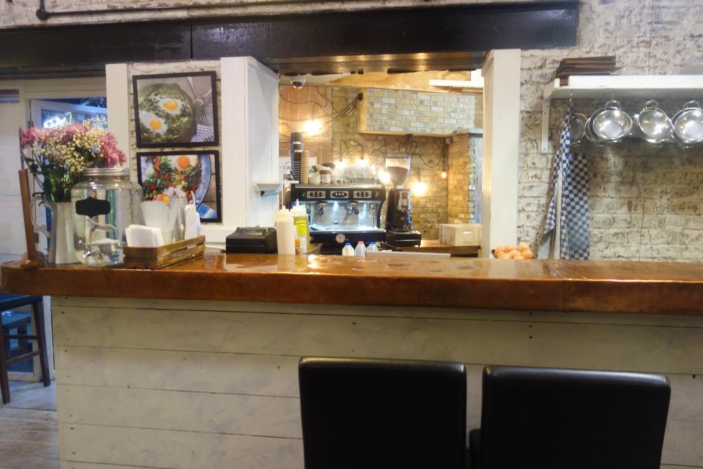 cafe-loren-camden-market-4