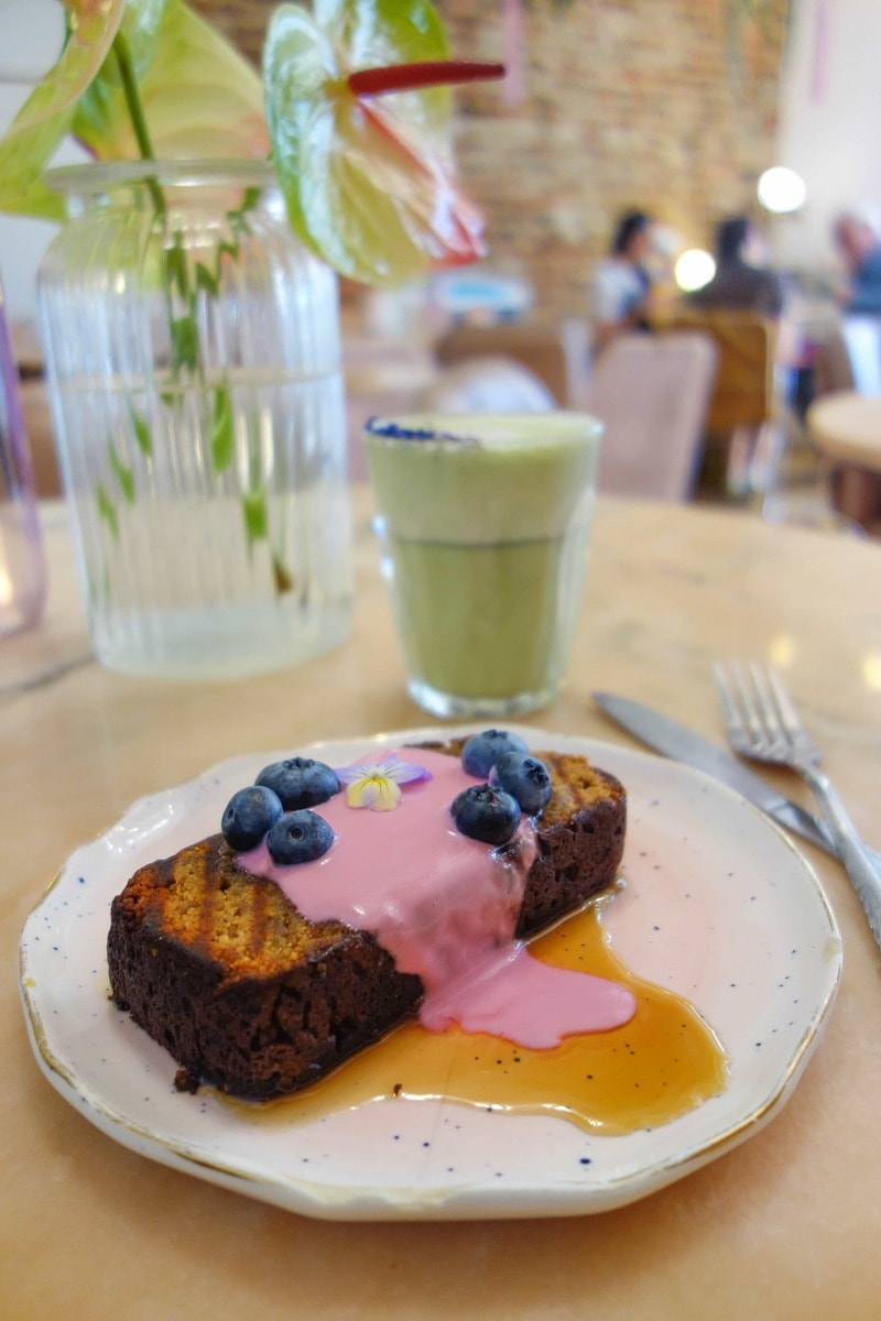 Vegan banana bread from Palm Vaults - 20 London Foods You Must Eat in 2018
