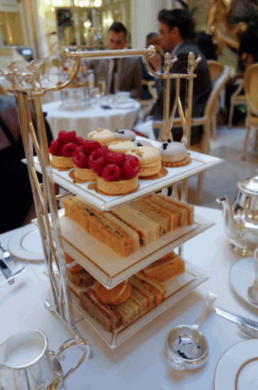 The Ritz - Where To Eat in London For A Special Occasion