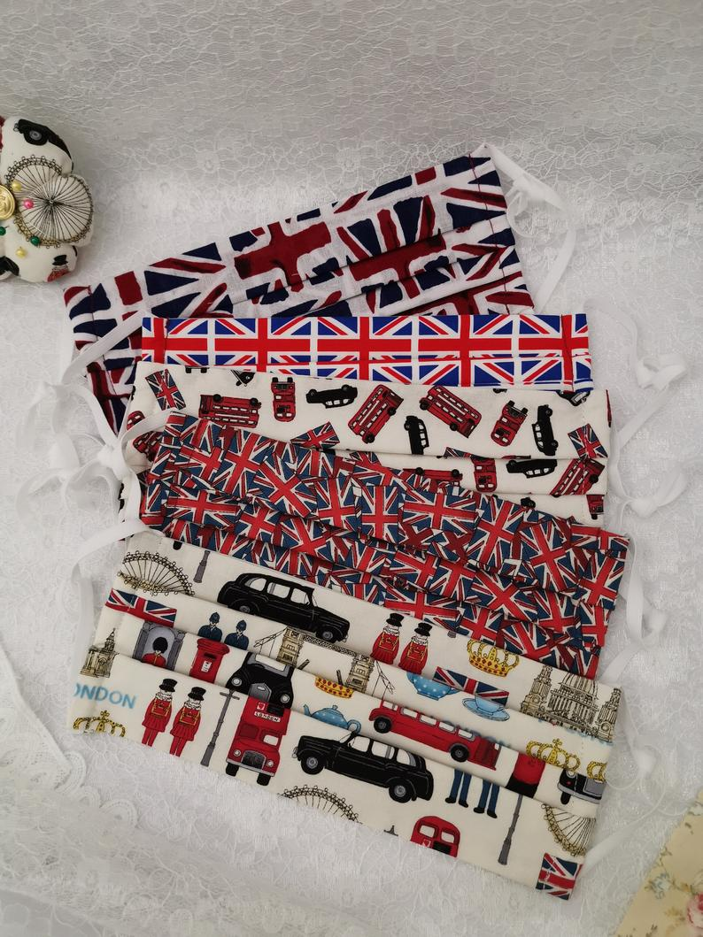 32 London Themed Gift Ideas (Picture of London themed face masks)