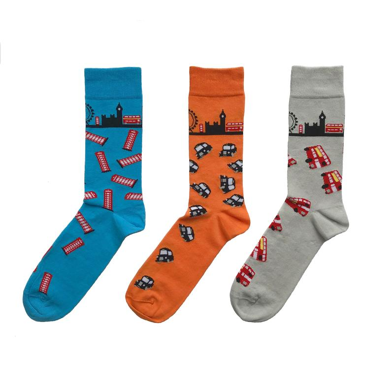 32 London Themed Gift Ideas (Picture of London socks)