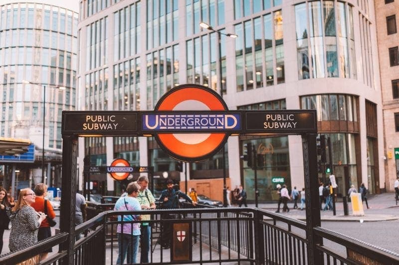 The Complete Guide to London Transport for Visitors & Tourists