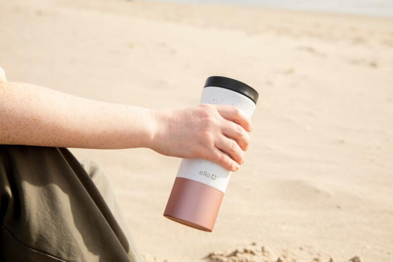 London On A Budget | Great Money Saving Tips (Picture of travel mug)