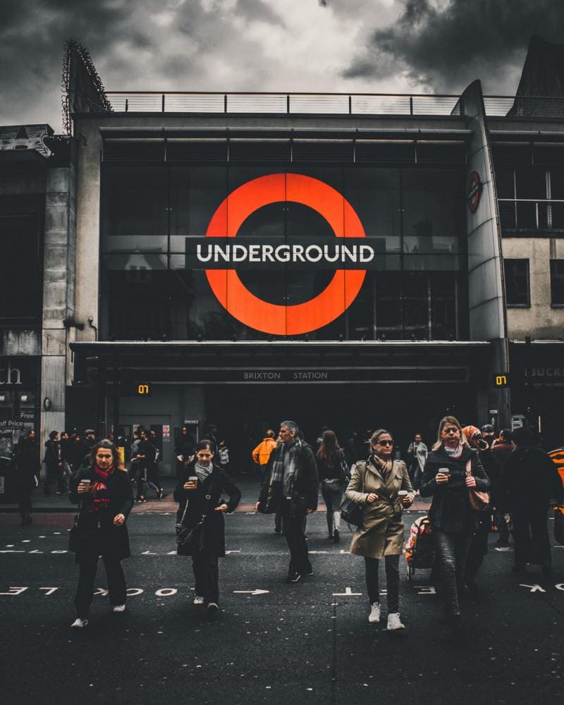 London On A Budget | Great Money Saving Tips (Picture of a London underground)