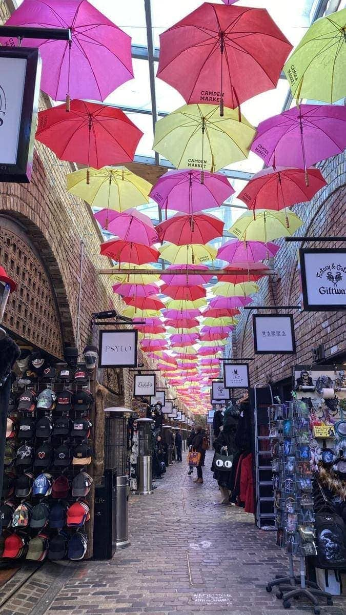 100 Fun Things To Do in London (Image of Camden Market)