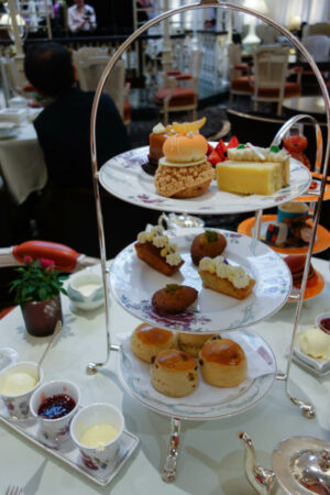 100 Fun Things To Do in London (Image of afternoon tea at The Savoy)