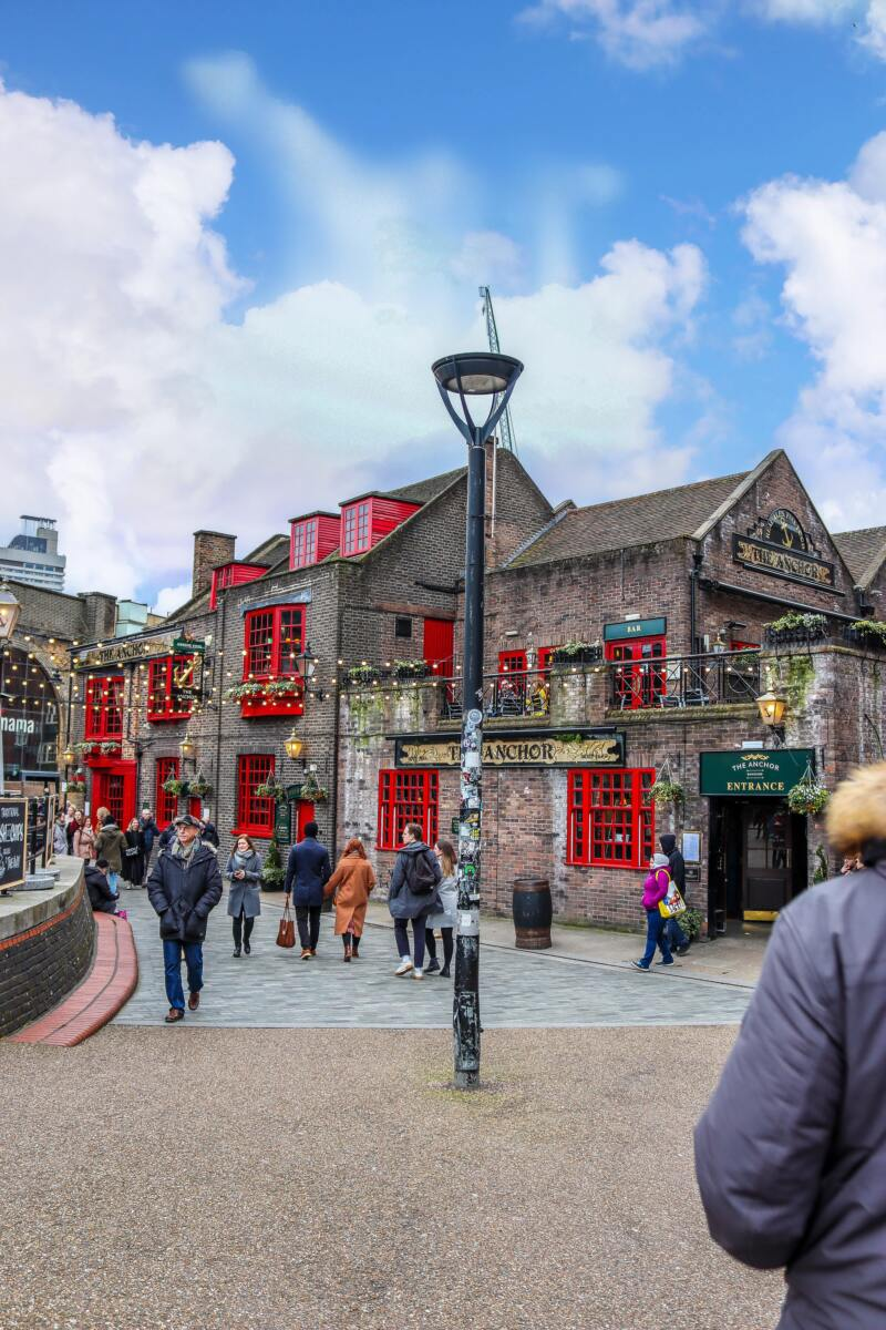 12 Fun Ways To Spend A Day Out in London (Photo of a London pub)