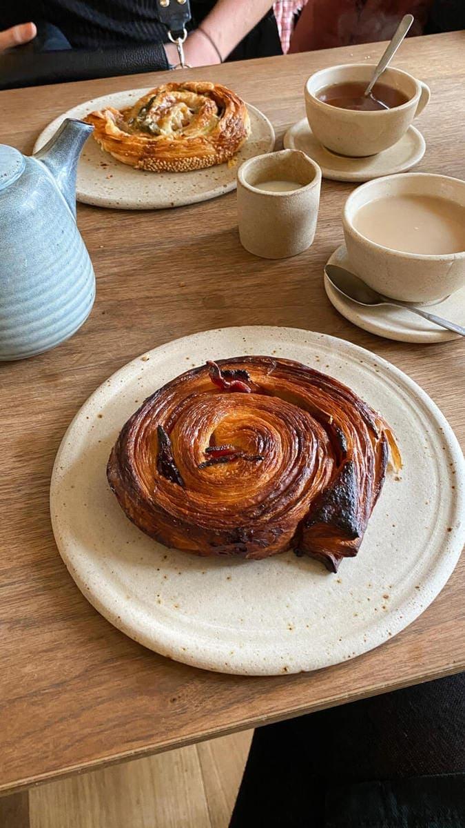 Best Breakfast & Brunch in North London (Image of breakfast at Pophams)