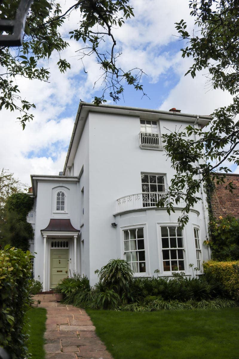 Pretty House in Hampstead - Self Guided Walking Tour of Hampstead