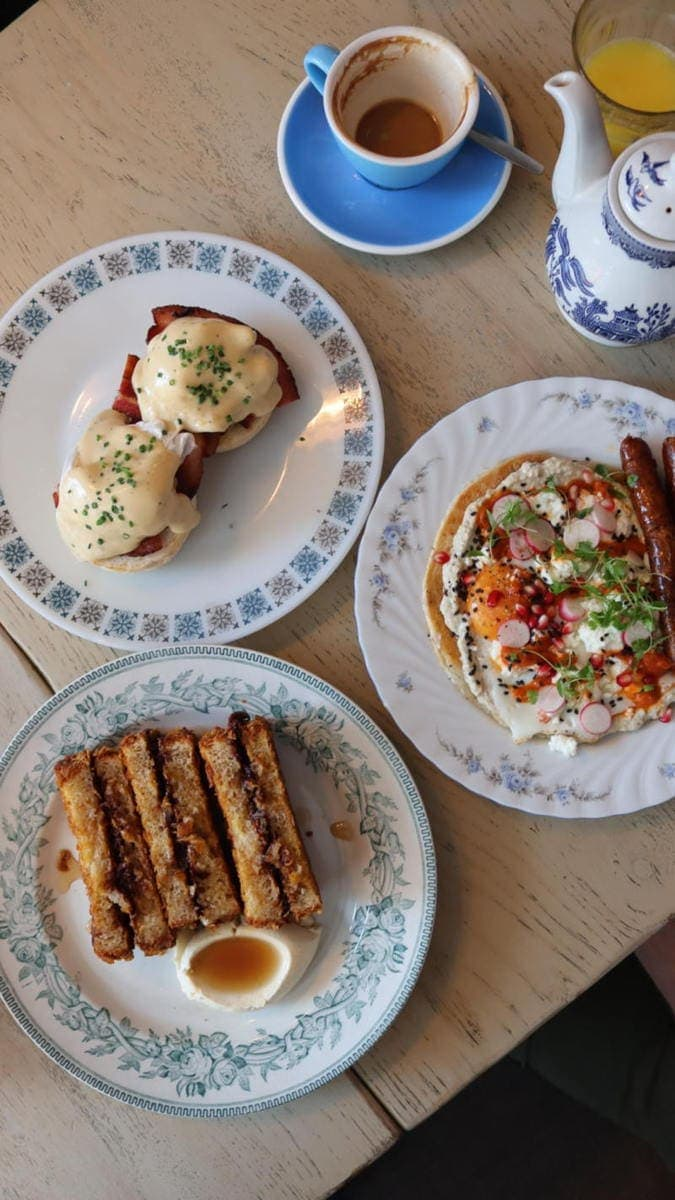 Self Guided London Walking Tour Of Notting Hill (Image of brunch from Eggbreak, Notting Hill)