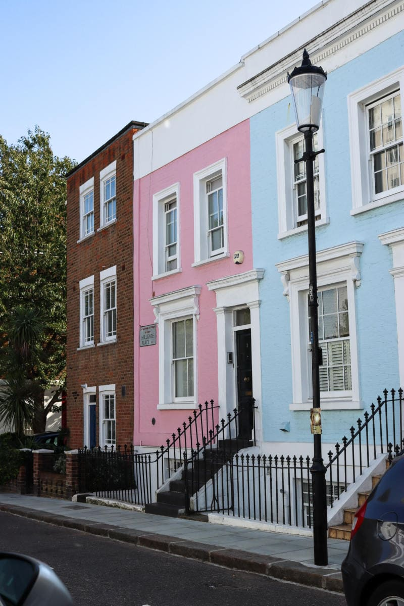 Pretty Colourful House, Notting Hill - London Walking Tour: Notting Hill