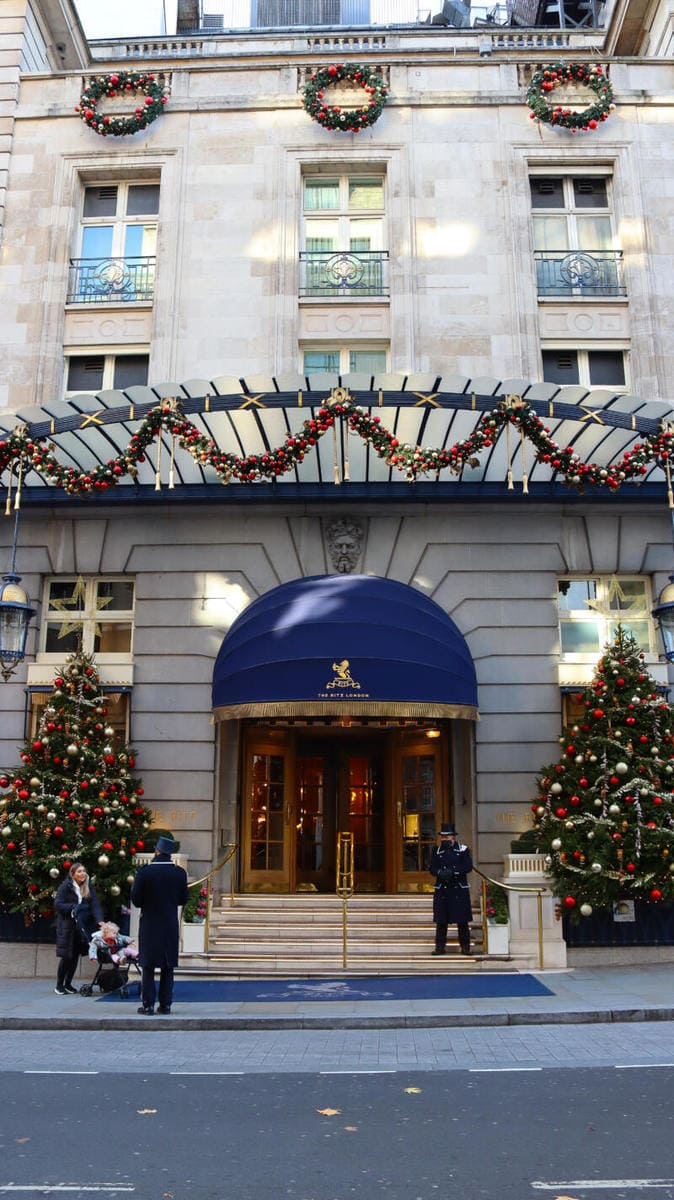 The Ritz - London's Most Spectacular Christmas Lights