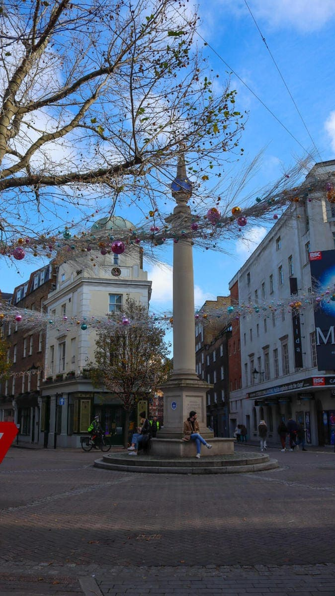 Seven Dials - London's Most Spectacular Christmas Lights