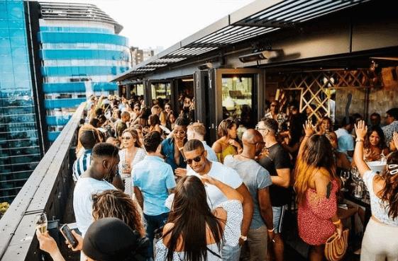 London's Best Rooftop & Outdoor Bars (Image of Jin Bo Law)