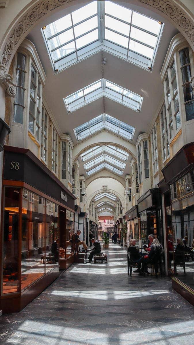 London's Best Places To Shop (Image of Burlington Arcade)