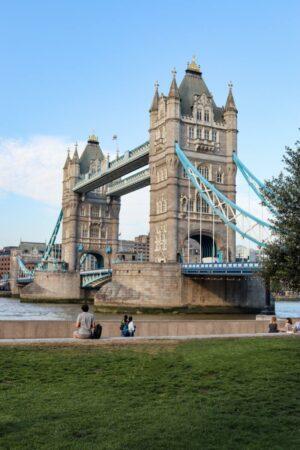 100 Fun Things To Do in London (Image of Tower Bridge)