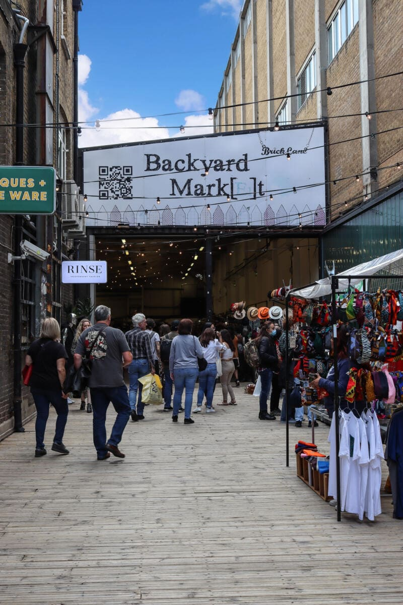 London's Best Places To Shop (Image of Brick Lane, London)
