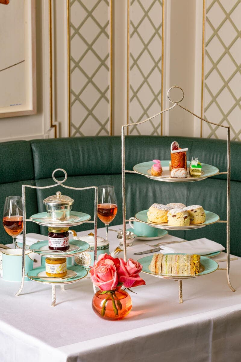 London's Best Afternoon Teas (Image of afternoon tea at Fortnum & Mason)