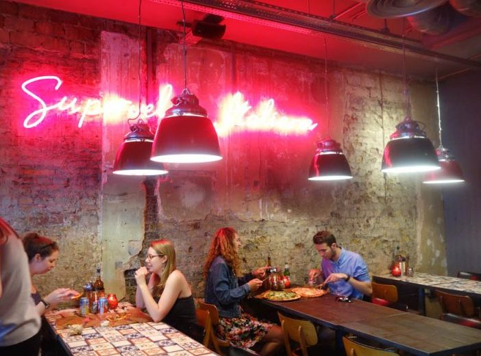 London's Best Restaurants To Dine Alone (Image of interior at pizza union)
