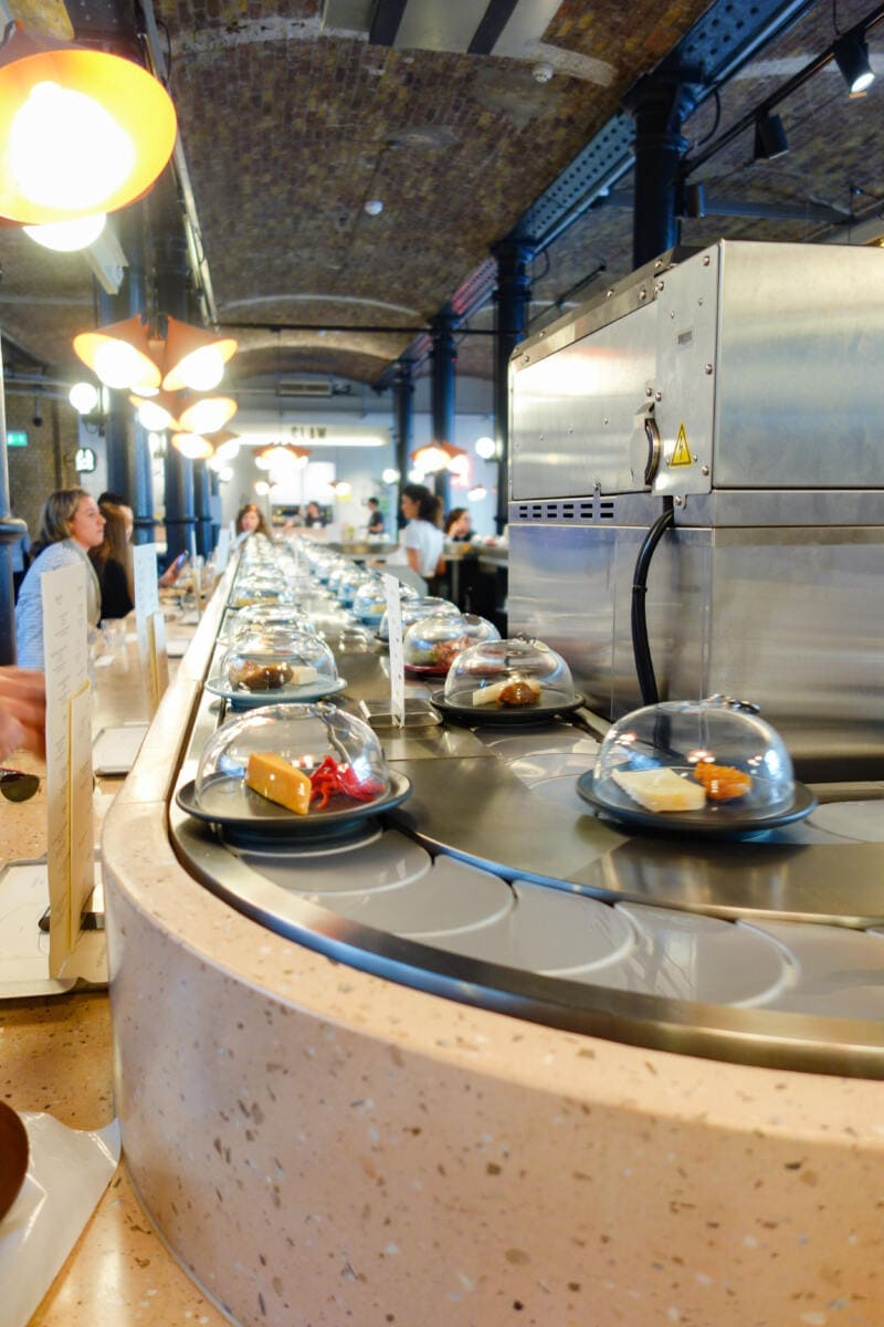 Best Places to Eat in London for First Time Visitors (Image of Pick & Cheese, Seven Dials)