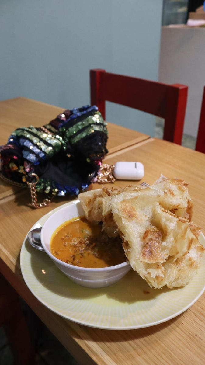 Best Places to Eat in London for First Time Visitors (Image of roti at Normahs Queensway)